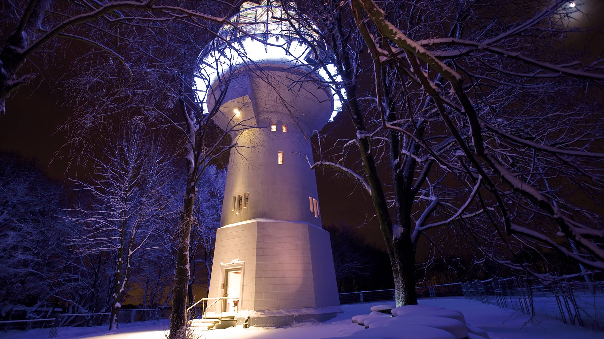 Lichtturm im Winter